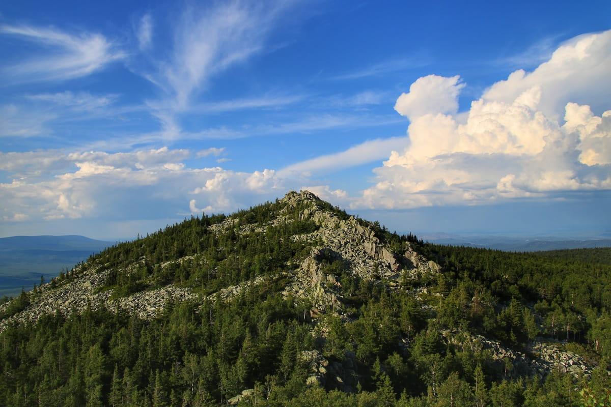 Вид на северную вершину Ицыла